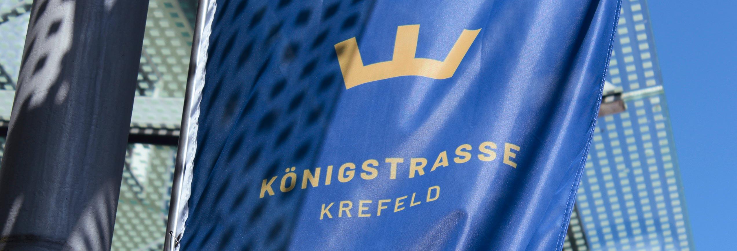 Königsstrasse Krefeld Flagge mit neuem Logo
